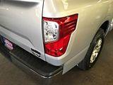 2017 Nissan Titan SV Crew Cab 2WD thumbnail